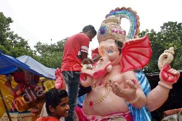 Preparations for Ganesh Chaturthi festival in Ahmeadbad